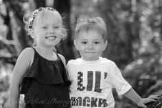 Family Sibling Photos by Mykala Rae Photography