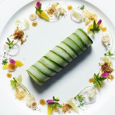 - Rice salad wrapped with Cucumber- Food Design, Raw Food Recipes, Gourmet Recipes, Sushi Recipes, Gourmet Desserts, Gourmet Foods, Food Plating Techniques, Salad Wraps, Food Garnishes