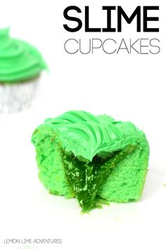 Delicious Slime Cupcakes Must Make for Halloween