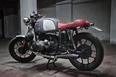 Bmw R65 Boxer Toy   by Motorecyclos