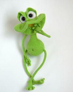 Project by Irina Zhiteniova. Crochet pattern by Pertseva Little frog #LittleOwlsHut, #Amigurumi, #CrohetPattern, #Crochet, #Crocheted, #frog, #Pertseva, #DIY, #Craft, #Pattern, #Little, #cute