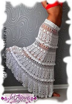 i'd love to try this for nichole...she would look adorable in this...Crocheted long summer skirt