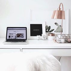 Today is going to be spent #working at the #office. This week has been so busy the #weekends are now catch up days Anyone else working on a #Saturday Office inspired from: @ironnsalt