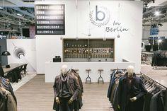bugatti und das Unternehmen Moysig bieten den Besuchern der Messe ein innovatives Storekonzept. #madebymoysig #Bugatti #Design #Berlin #Messe