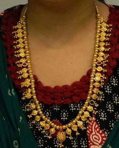 Necklaces / Harams - Gold Jewellery Necklaces / Harams at USD Jewelry Design Earrings, Gold Earrings Designs, Gold Jewellery, Gold Mangalsutra Designs, Gold Bangles Design, Gold Jewelry Simple, Bridal Jewelry, Necklaces, Nepal