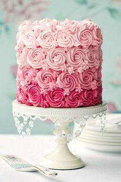 Tassenkuchen - Bäckerei: Tortentrend: Layer Cakes und Ombre Cakes + Rezept