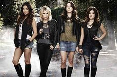 """Can You Guess The """"Pretty Little Liars"""" Character From These Emojis"""