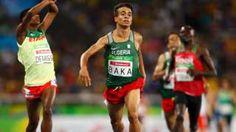 Image copyright                  Reuters Image caption                                      Los hermanos Baka quedaron en el primer y cuarto lugar de la prueba de 1.500 metros.                                Si alguno de los cuatro hubiera competido en las Olimpiadas de Río de Janeiro en agosto, hubiera ganado la medalla de oro. En una increíble final, los cuatro atletas con impedimento visual que compitieron en la prueba de 1.500 metros ca