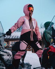 Mode Au Ski, Snowboarding, Skiing, Snow Girl, Ski Season, Ski Fashion, Peak Performance, Blue Mountain, The North Face