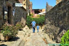 Regardez ce logement incroyable sur Airbnb : Charming Villa next to Costa Brava - maisons à louer à peratallada