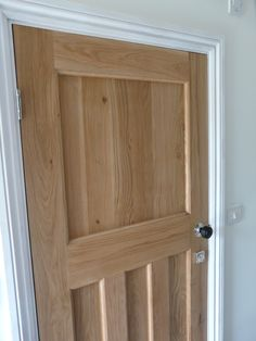 Solid Oak Internal 1930s Style Door. Oak 1930's One Over Three Door. http://www.ukoakdoors.co.uk/solid-oak-internal-1930s-style-door_p23637741.htm
