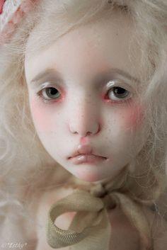Manon by Esthy  Lillycat's Cerisedolls,