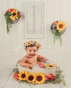 Visions by Janessa Photography Summer Baby Pictures, 6 Month Baby Picture Ideas, Baby Girl Pictures, Milk Bath Photography, Newborn Baby Photography, Baby Milk Bath, Milk Bath Photos, Baby Monat Für Monat, Foto 3d