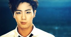 Jin (BTS) Possibly my favorite Jin era! Jimin Jungkook, Bts Jin, Bts And Exo, Bts Bangtan Boy, Jin Gif, Seokjin, Hoseok, Namjin, Bts Boys