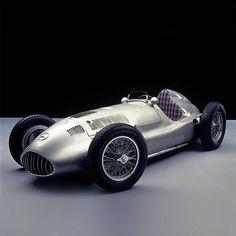 W165 Mercedes. Wanna touchy.