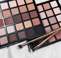 Neutral eyeshadow colors will always be in style and go with every outfit. So, here are some neutral eyeshadow colors you should always have in your makeup bag. Makeup Goals, Makeup Inspo, Makeup Inspiration, Makeup Tips, Makeup Products, Makeup Style, Neutral Eyeshadow, Colorful Eyeshadow, Eyeshadow Palette