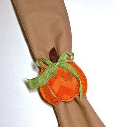 DIY In-the-Hoop Pumpkin Napkin Ring with FREE Download