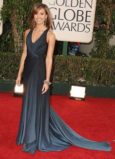 Jessica Alba beautiful navy gown