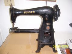 Singer_17sv45_AG423023_FuionSewingMachine_008.159135530_large.jpg (1200×900)