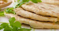 Recette de Pains pita minceur pour petits budgets. Facile et rapide à réaliser, goûteuse et diététique. Ingrédients, préparation et recettes associées.