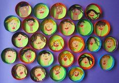 Portraits dans boîtes de camembert