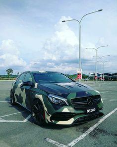 Mercedes-AMG A45 W176