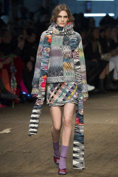 Missoni Fall 2016 Ready-to-Wear Fashion Show  http://www.theclosetfeminist.ca/  http://www.vogue.com/fashion-shows/fall-2016-ready-to-wear/missoni/slideshow/collection#9