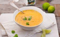 Få ting kan løfte en suppe som TINE Matfløte. Bare prøv denne helt nydelige gulrotsuppen med eksotisk og herlig smak av både fersk ingefær, lime og koriander.