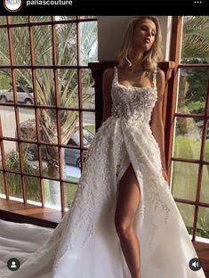 Princess Wedding Dresses, Boho Wedding Dress, Dream Wedding Dresses, Bridal Dresses, Wedding Gowns, Cute Wedding Ideas, Wedding Styles, Twilight Wedding, Pallas Couture