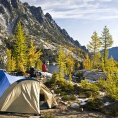 How to plan a backpacking trip and get a permit for the Enchantment Lakes Basin.