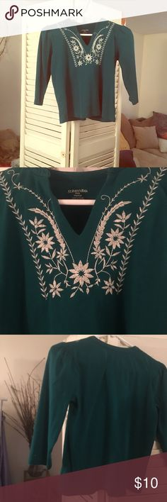 TOP PULLOVER Beautiful Appliqué at Neckline Beautiful Green color with Split V Neck with Unique Appliqué in white in a Square U Swiss Floral Design. PS/PCH SIZE St Johns Bay Shirts & Tops Tees - Long Sleeve