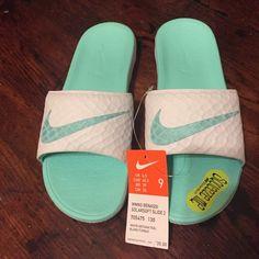 dcfc36851e Mens Womens Nike Shoes 2016 On Sale!Nike Air Max  Nike Shox  Nike Free Run  Shoes  etc. of newest Nike Shoes for discount saleWomen nike nike free Nike  air ...