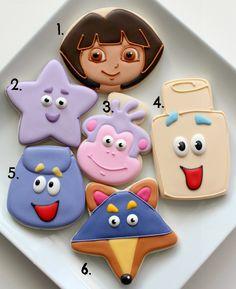 Os cookies Dora com cortadores simples