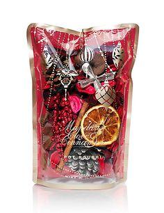 Mandarin, Clove & Cinnamon Pot Pourri | M&S #spice