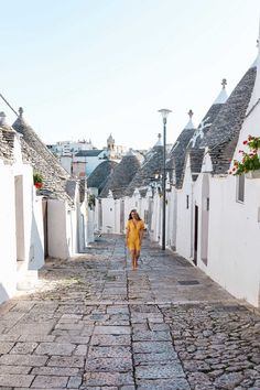 My favorite thing to do in Alberobello, Puglia, Italy: explore! / What you need to know about visiting Alberobello in Puglia. Italy's most unique and picturesque town and the perfect off-the-beaten-path destination! Best Places In Italy, Cool Places To Visit, Places To Go, Italy Vacation, Italy Travel, Italy Trip, Alberobello Italy, Italy Destinations, Puglia Italy
