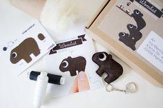 DIY Nähkit für Karl den kleinen Wombat / cute diy sewing kit: sew a little wombat by catmade via DaWanda.com