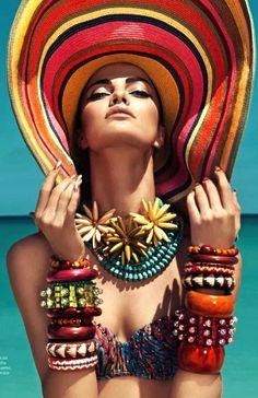 Masha Archer bracelets Slim Aarons, Beach Editorial, Editorial Fashion, Portrait Editorial, Strand Editorial, Poses, Elle Mexico, Harper's Bazaar, Foto Fashion