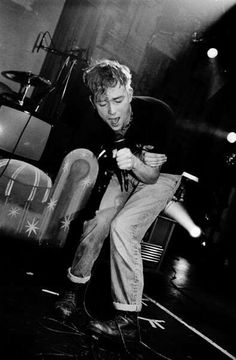 favd_amused-itself-to-death-June 20 2016 at Blur Band, Damon Albarn, Jamie Hewlett, Uk Music, Britpop, Pretty Photos, Gorillaz, Beautiful Men, Bad Boys