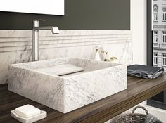 INCLINIO - filodesign white marble sink ...water begin design too...
