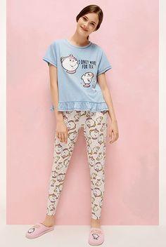 Primark womenswear and pyjamas beauty and the beast chip mug mrs potts  Pijama Disney 3bfa7edb1