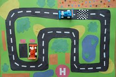 Jennifer's Little World blog - Parenting, craft and travel: How to make a quick racing car play mat