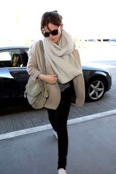 Emma Watson arrving at LAX airport. (Feb. 13)