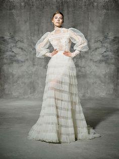 FRANCOLI, yolancris, romantic, couture, dress, wedding, barcelona, bridal, gown, novia, vestido, bride, elegantes, atelier, modérons, originales, hechos a mano, artesanales, costura, couture gowns, tailored made, bespoke, best bridal designers, fashion, e