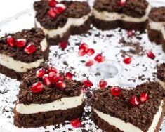 Healthy Eating Tips, Healthy Nutrition, Black Forest Cheesecake, Vegetable Drinks, Cheesecake Bars, Cookies Et Biscuits, Food Menu, Easy Dinner Recipes, Pumpkin Spice