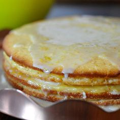 I love everything lemon and you can't go wrong with this easy to make Lemon Curd Cake!! :P