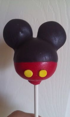 Mickey Mouse Cake Pop!