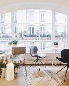 """1,766 mentions J'aime, 16 commentaires - Eleonore Bridge (@eleonorebridge) sur Instagram: """"La si jolie vue 🌿❤️ du café haut perché chez @madeleineetgustave  #EBParisCityGuide…"""""""