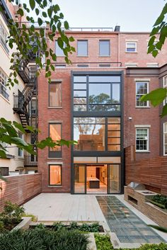 Waverly Townhouse | Turett Collaborative Architects | Archinect #glass #windows #modern