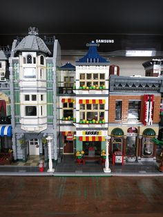 MOD) Toy Shop and Grocery 31036 - LEGO Town - Eurobricks Forums