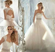 Absolutely love the pictures on the left #DreamWeddingDress